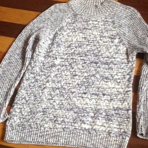 Crofts&Barrow Sz L New blue gray white sweater